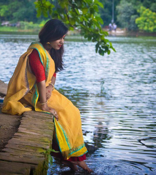 bangladeshi-woman-left.jpg